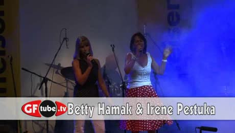 Betty & Irene Live Karaoke 2012